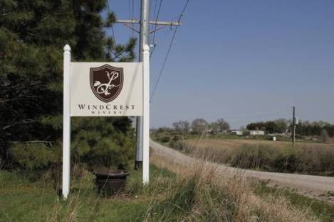 Windcrest Winery_correspondent_main